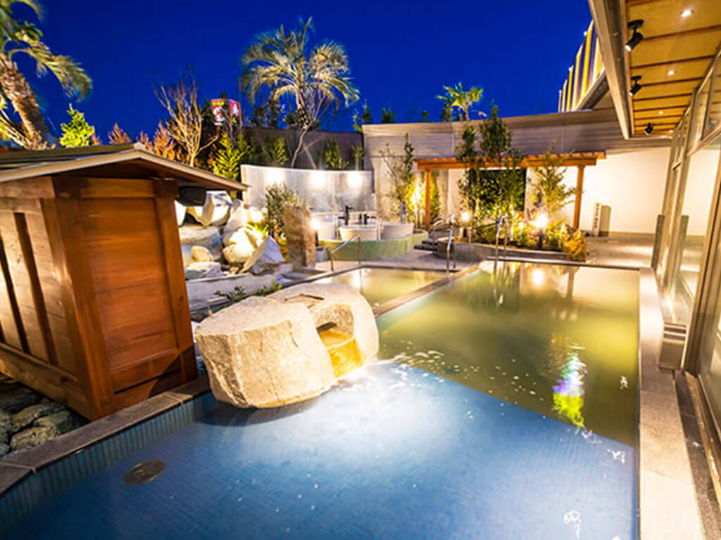 Canal Resort
