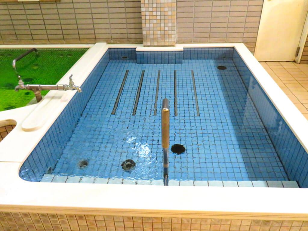 Denki Buro (電気風呂)