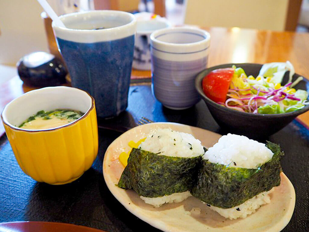 A traditional Japanese styled Morning Service at Hanagoyomi.