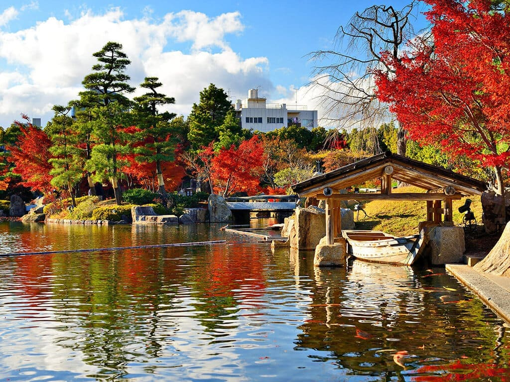 Tokugawaen in autumn