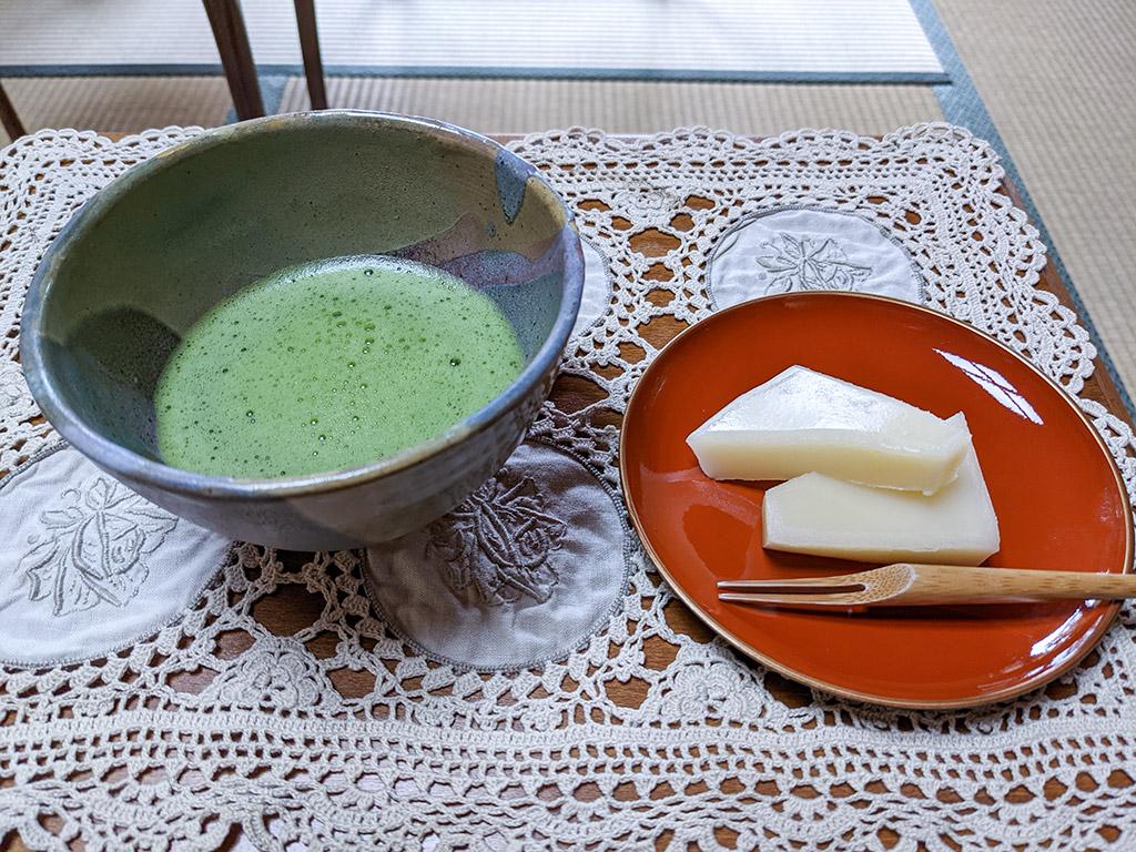 Matcha bowl and sweet set